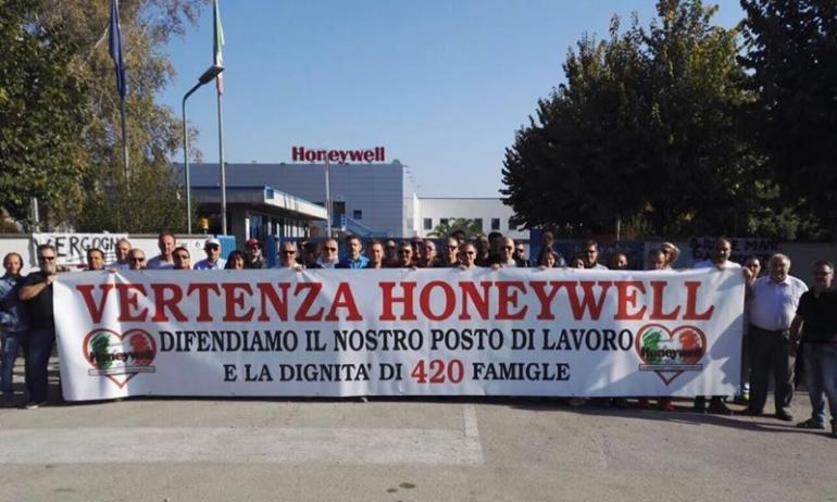 Honeywell: la ballata del profitto cieco