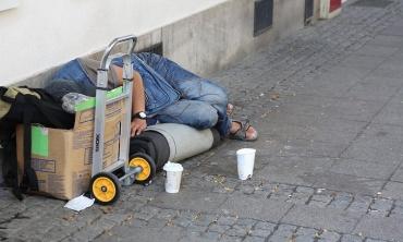 Il contesto di extracomunitari e senzatetto a Como