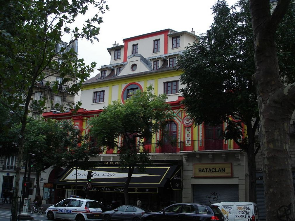 Music-hall Bataclan; boulevard Voltaire; Paris